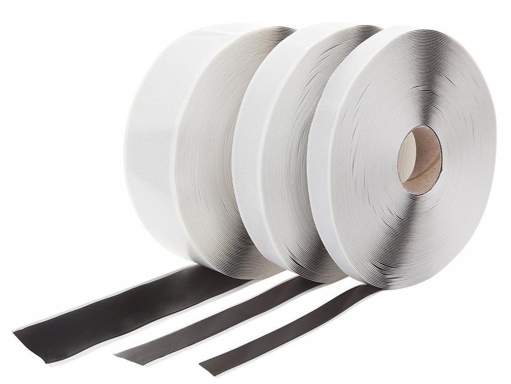 Dieses Butylband haben wir zwischen den Stahlstreben und der Verkleidung verlegt