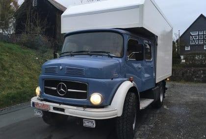 Der blaue Klaus sieht aus wie ein echtes Expeditionsfahrzeug 🚛